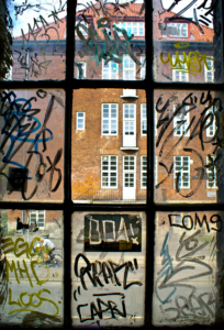 anti-graffiti-safety-window-film